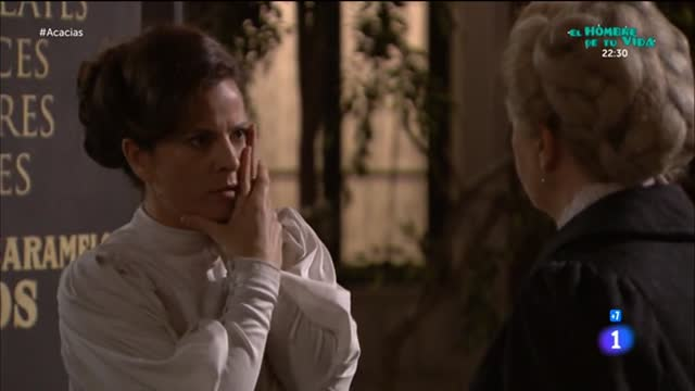 Acacias 38 - Susana pone a Juliana de mujerzuela para arriba