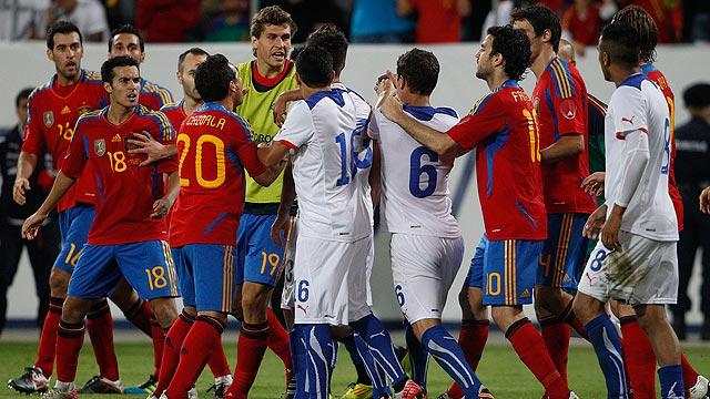 Tángana final en el España - Chile