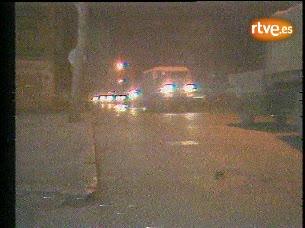 Ver vídeo  'Tanques circulando por Valencia el 23-F'