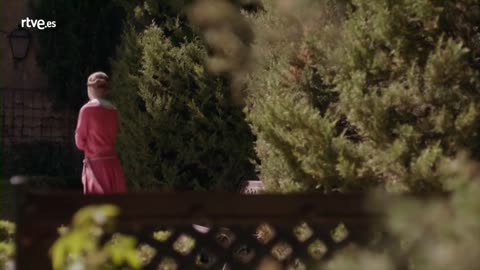 La otra mirada - Tomás se plantea testificar a favor de Roberta