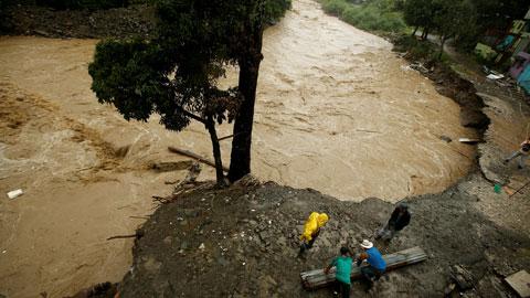 La tormenta Nate causa 23 muertos en Nicaragua y Costa Rica y amenaza con conertirse en huracán