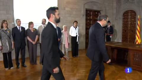 Torra promete el cargo de president de la Generalitat sin aludir a la Constitución ni al rey