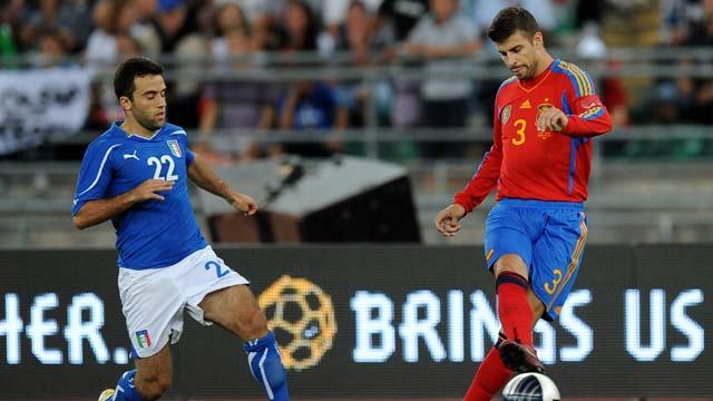 Torres, Piqué, Busquets e Iraola lesionados