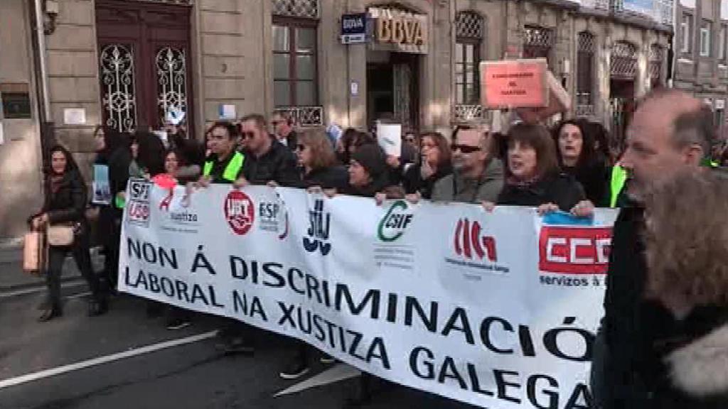 Cerca de 2.000 funcionarios de Justicia exigen en Galicia la igualdad salarial y laboral