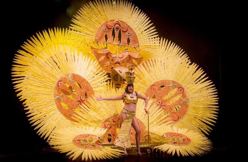 Trajes de papel del Carnaval de Águilas, Murcia
