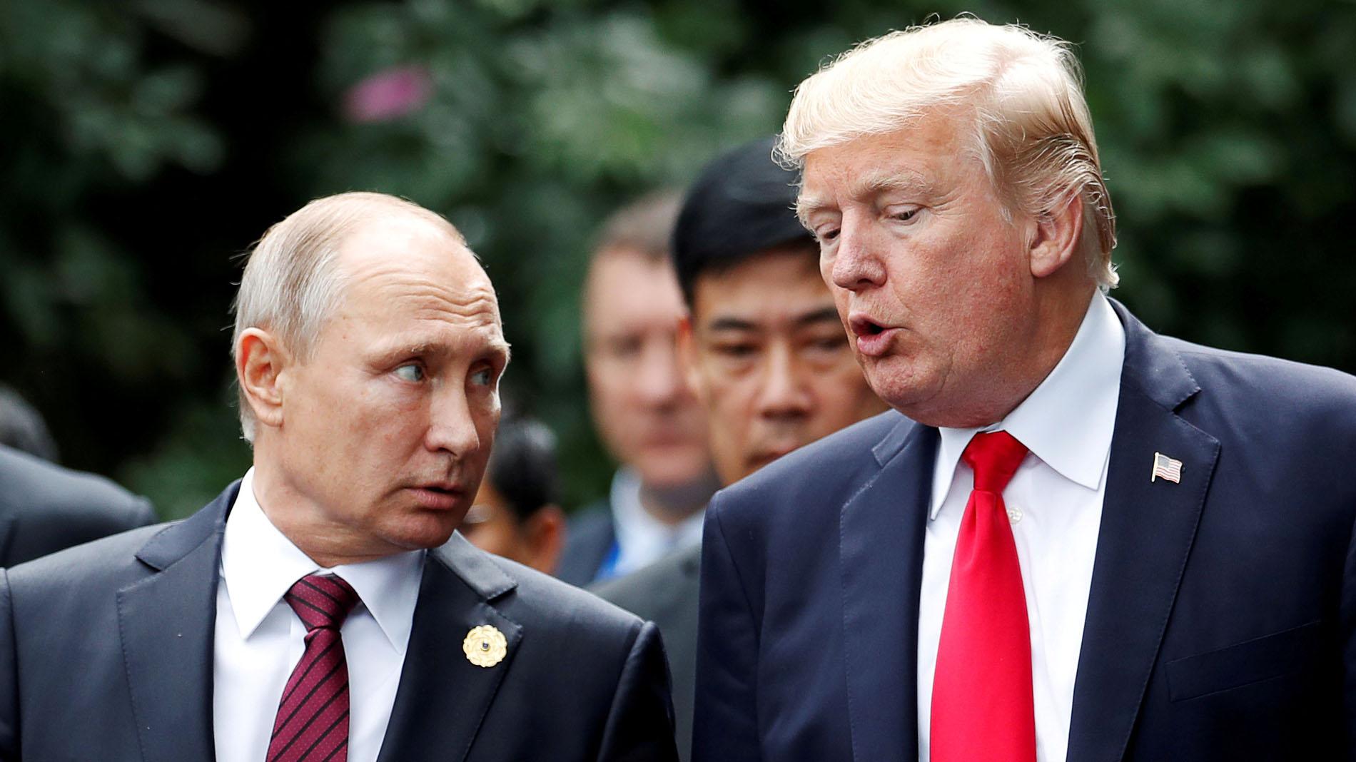 La trama rusa acecha la cumbre entre Trump y Putin