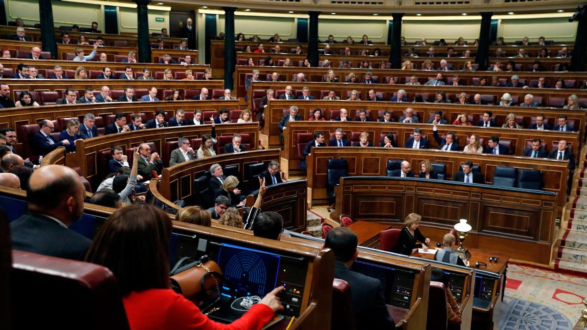 Qué trámites sigue desde ahora la moción de censura contra Rajoy