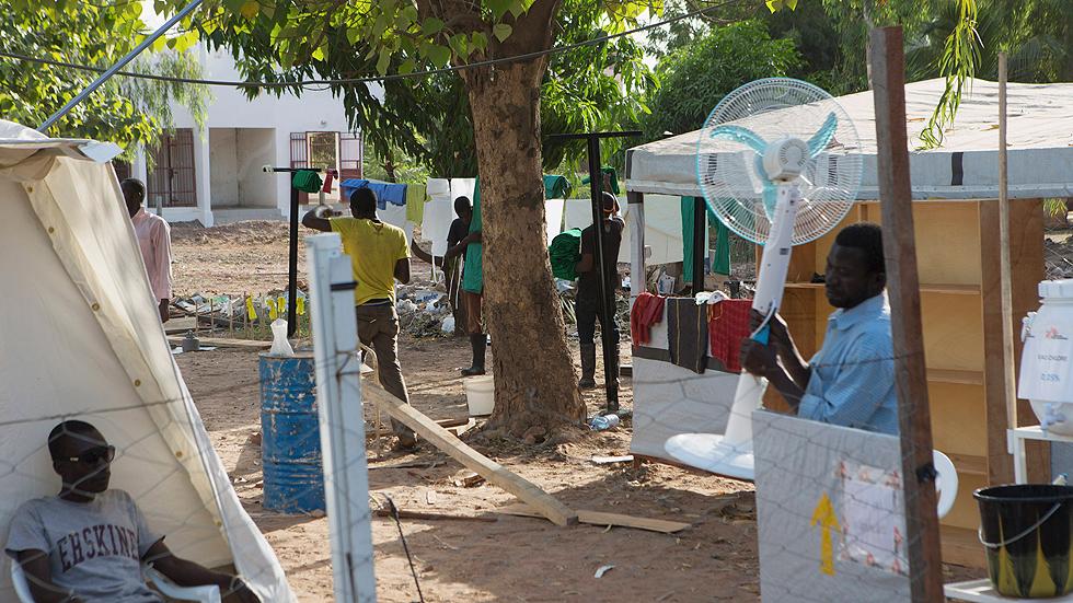 Tres centros de MSF albergarán pruebas de tratamientos experimentales contra el ébola