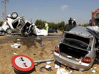 Tres muertos y siete heridos graves en un accidente en Los Palacios, Sevilla