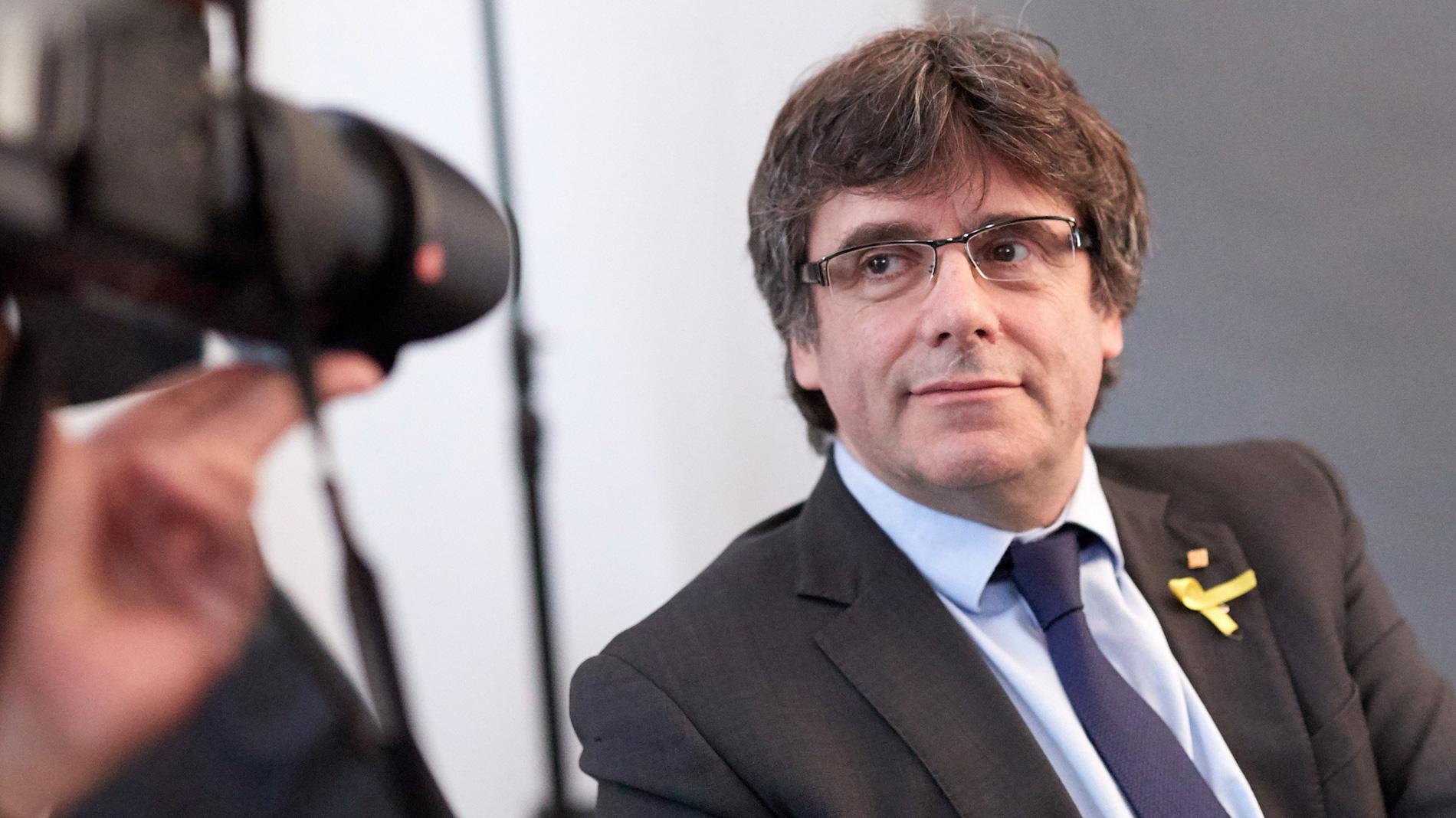 El Tribunal Constitucional admite a trámite el recurso del Gobierno contra la investidura telemática de Puigdemont