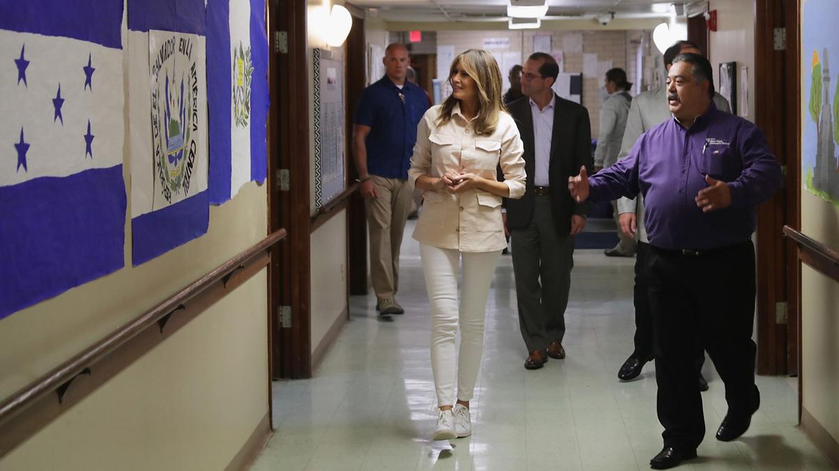 Trump da marcha atrás en las separaciones de las familias inmigrantes mientras Melania visita la frontera