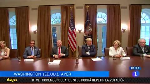 Trump rectifica su apoyo a Putin sobre la trama rusa ante el malestar en Washington