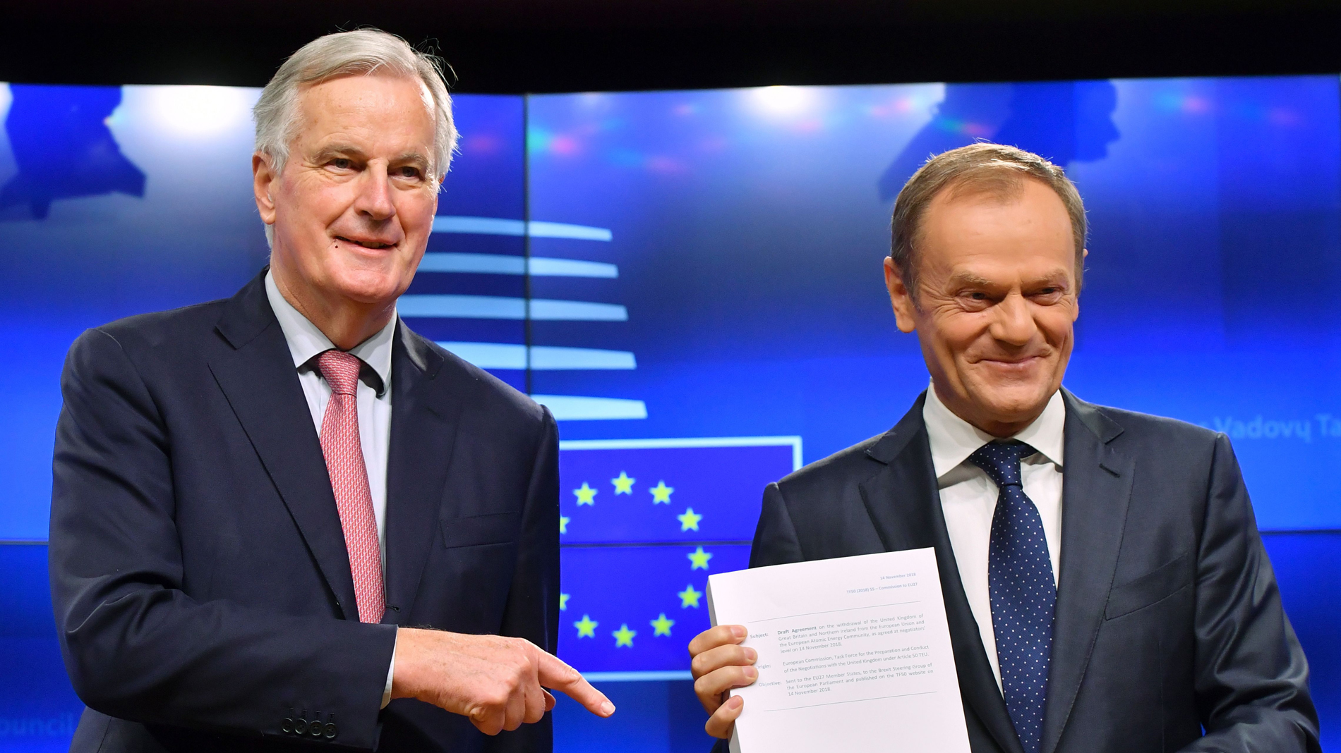 Tusk convoca una cumbre de líderes de la UE el 25 de noviembre para cerrar el acuerdo del 'brexit'