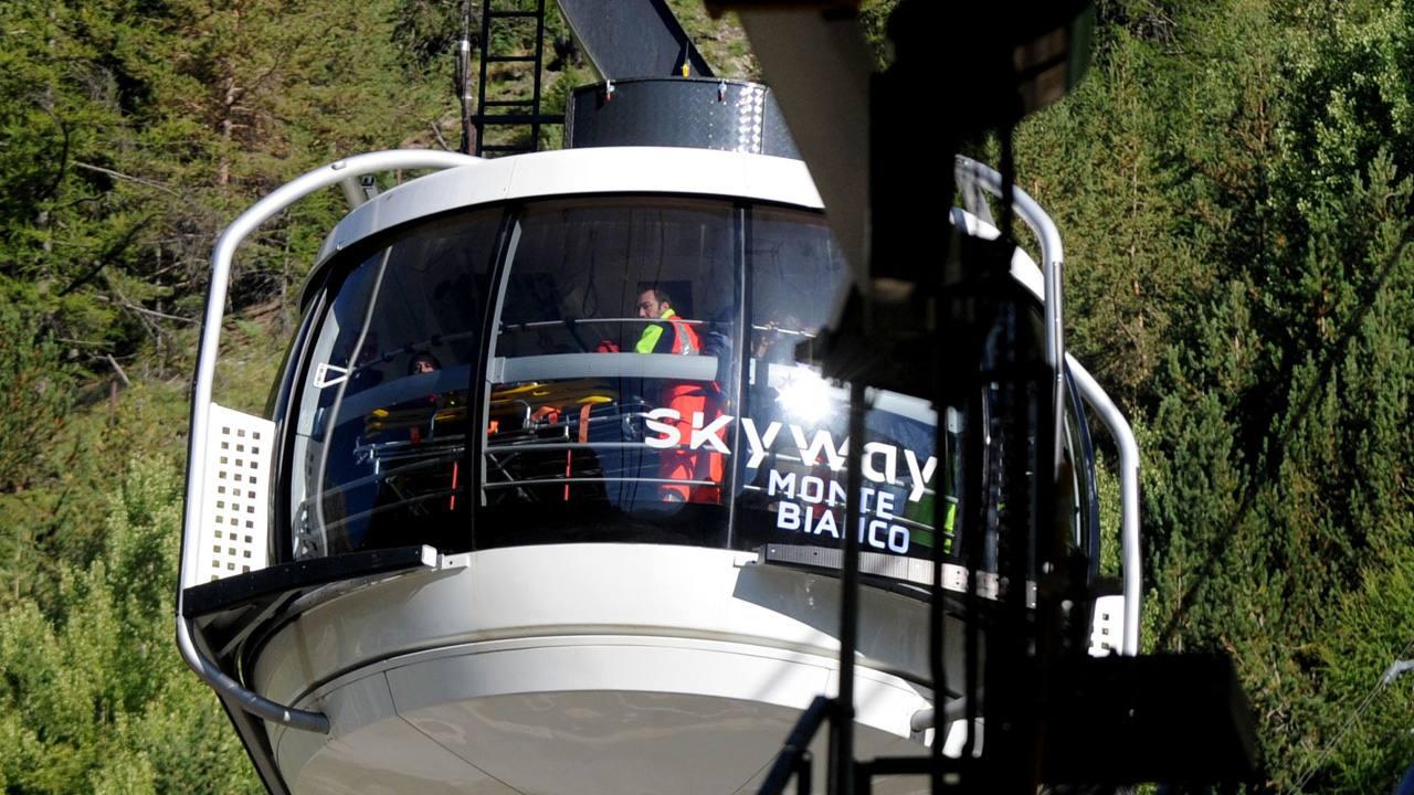 Los últimos 33 turistas son rescatados este viernes del teleférico accidentado en Los Alpes