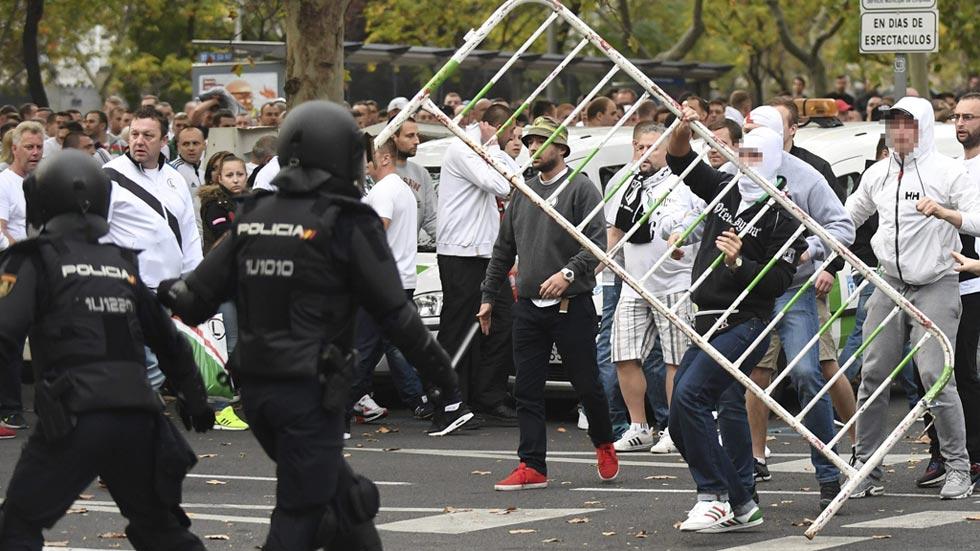 """Los ultras del Legia que provocaron altercados en Madrid tienen """"estructura militar"""""""