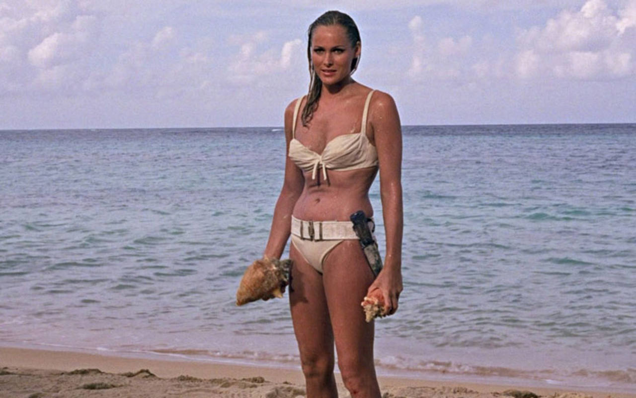 Ursula Andress en 'Dr. No', primera y más famosa