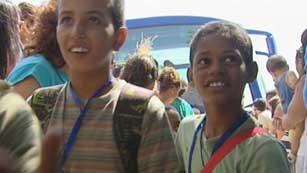 Más de cuatro mil niños saharauis llegan a España para pasar el verano