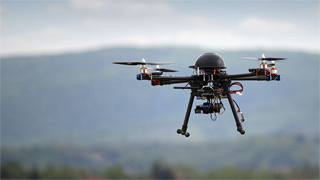 Varias mujeres denuncian que un dron las grabó tomando el sol desnudas en Mallorca
