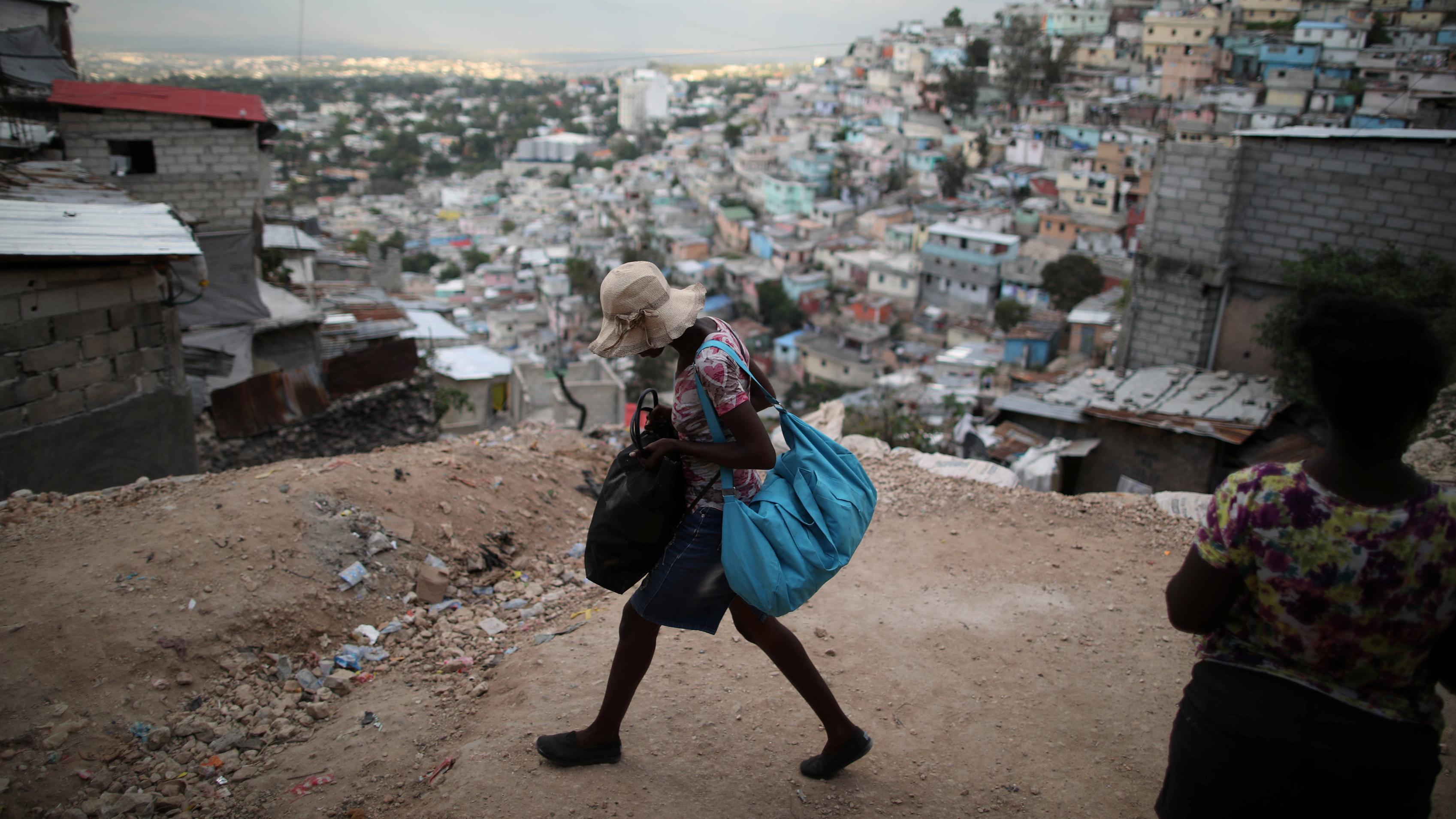 Varios responsables de Oxfam contrataron prostitutas en Haití tras el terremoto de 2010
