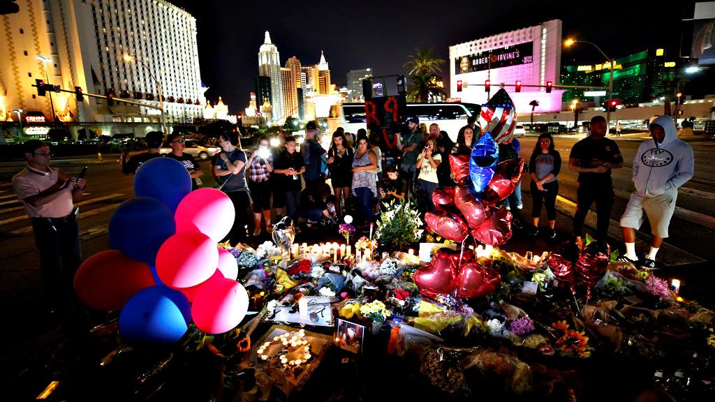 Las Vegas sigue siendo una ciudad herida días despues del tiroteo