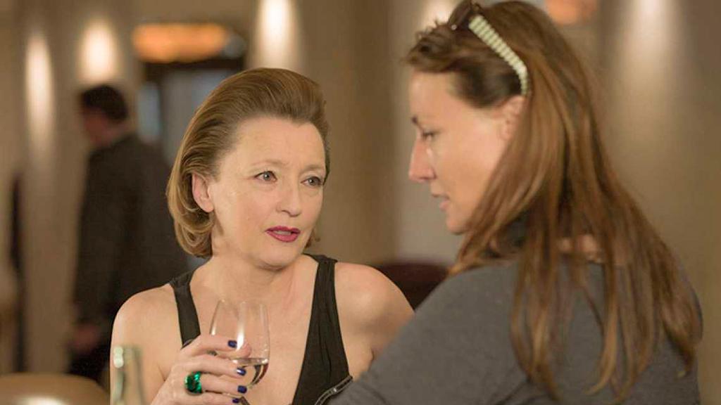 """""""Viajo sola"""", una reflexión sobre el tabú italiano de la mujer independiente en El Cine de La 2"""