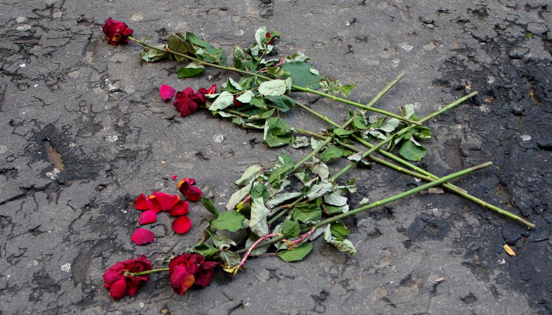 Una víctima de ETA vuelve al lugar donde la banda terrorista mató a su padre hace 36 años