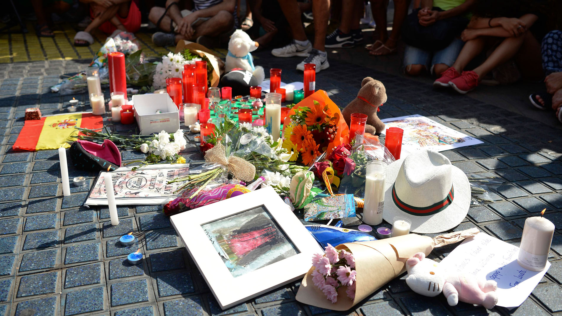 """Las víctimas del atentado del 17A en Barcelona y Cambrills piden a los políticos que """"no usen su dolor"""" tras un año en el olvido"""