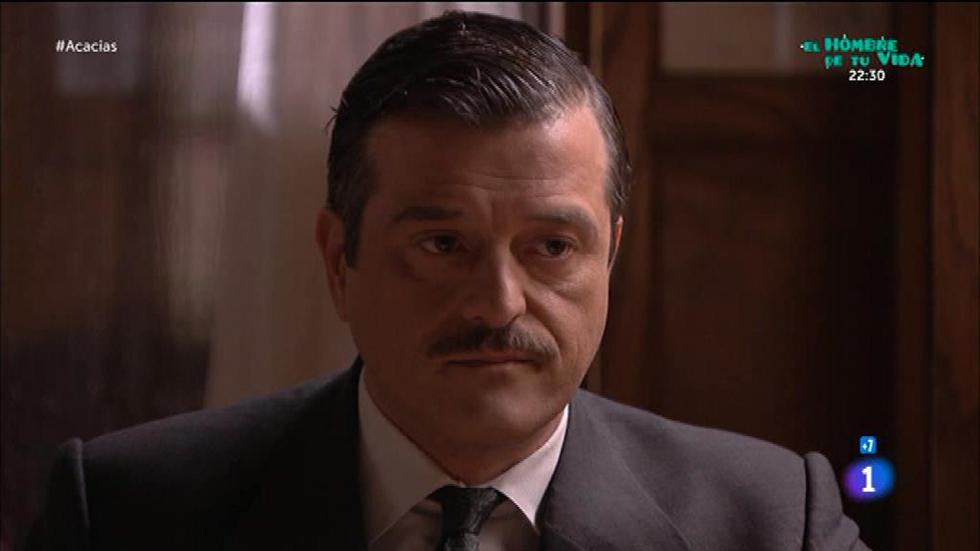 Acacias 38 - Víctor no sabe cómo asumir que Leandro es su padre