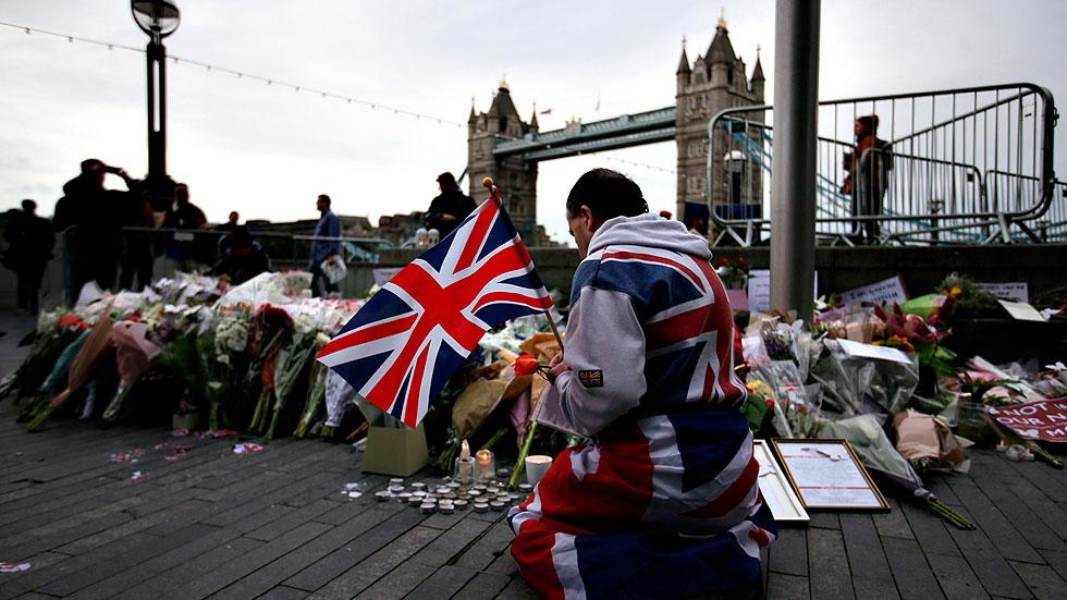 Vigilia para homenajear a las víctimas del atentado en el centro de Londres