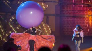 Vinila Von Bismark - Vinila Balloon