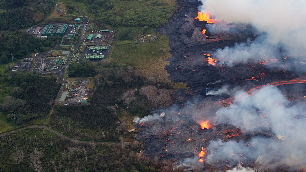 El volcán Kilauea ahoga el turismo en Hawai