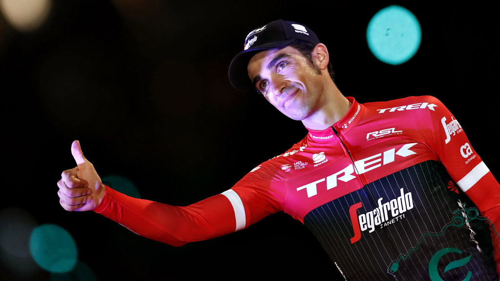 Vuelta 2017 | Contador sube al podio como el más combativo de la Vuelta