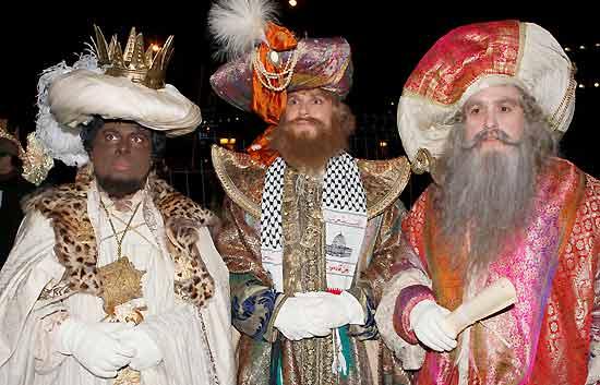 Los Reyes Magos de Oriente llegan cargados de regalos