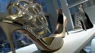 """La alfombra de los Oscar con zapatos """"Made in Spain"""""""