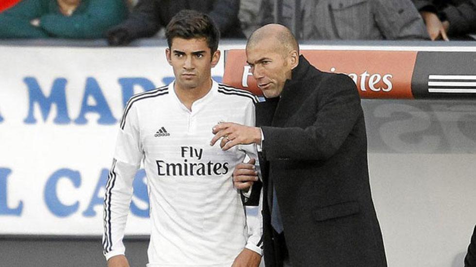 Zinedine Zidane hace debutar a su hijo Enzo en el Castilla