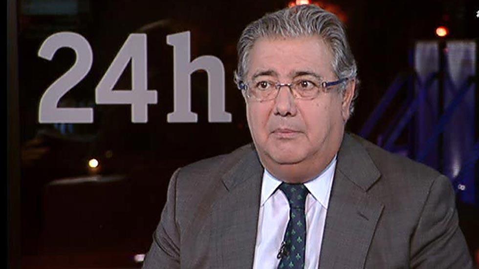 """Zoido cree que la reprobación de su número dos responde a """"una deriva podemista del PSOE"""""""