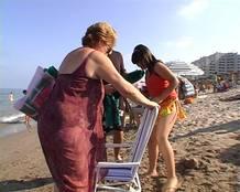 """imagen del repor """"Una família en la playa"""""""