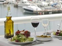 Grasas y proteínas animales están desplazando a la típica dieta mediterránea.