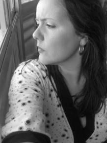 Ana Delgado considera que la poesía está muy viva en la red