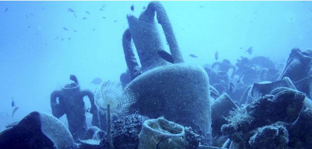 """Ánforas del """"naufragio de Mazotos"""", del siglo IV aC"""