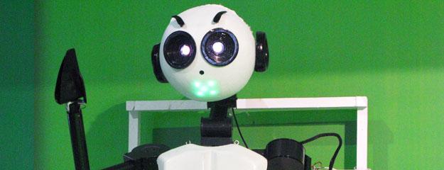 CP01 ya puede mover los brazos, agarrar cosas y expresarse con ojos y boca