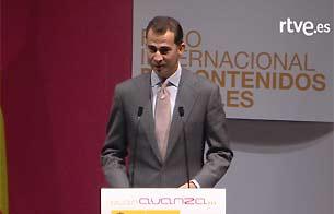 Ver vídeo 'El Príncipe Felipe habla de Enjuto Mojamuto en la inauguración de FICOD 2008'