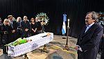 Los restos de Ernesto Sábato yacen en el cementerio de Pilar