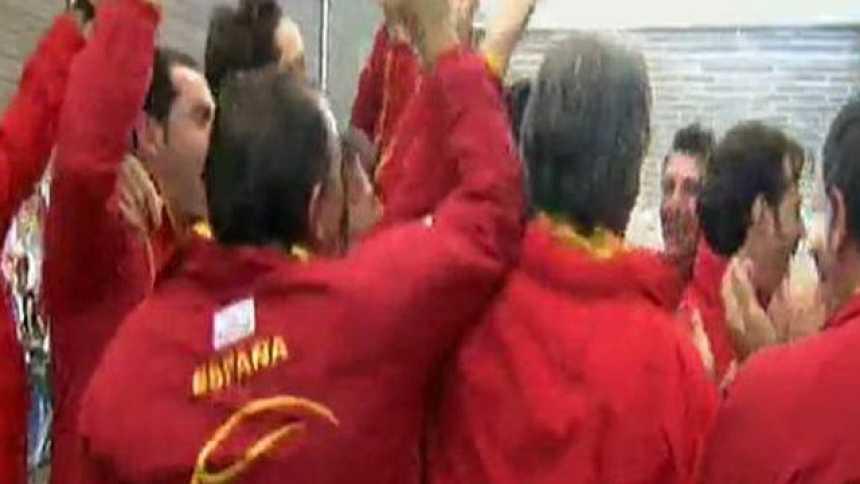 """El himno de la 'Armada': """"Gracias por ser español"""""""