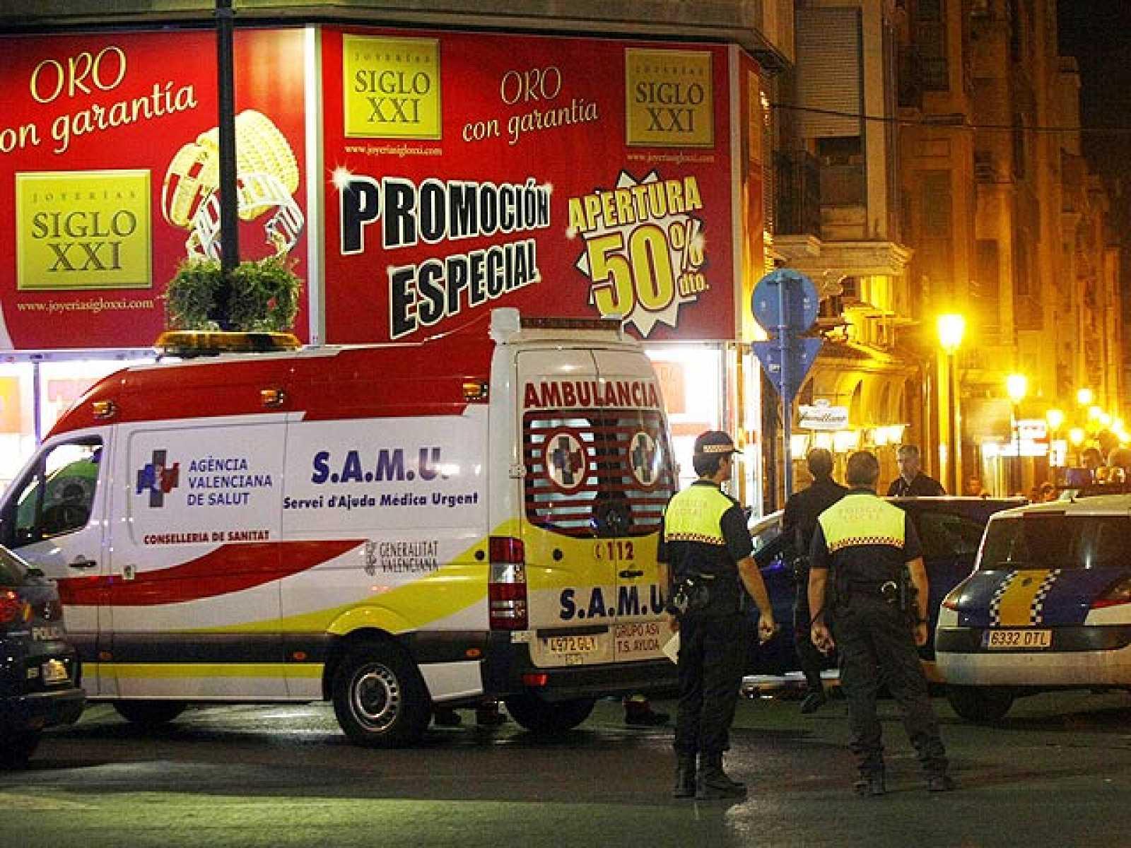 b17717ae630b Un muerto y tres heridos de bala durante un atraco en una joyería de ...