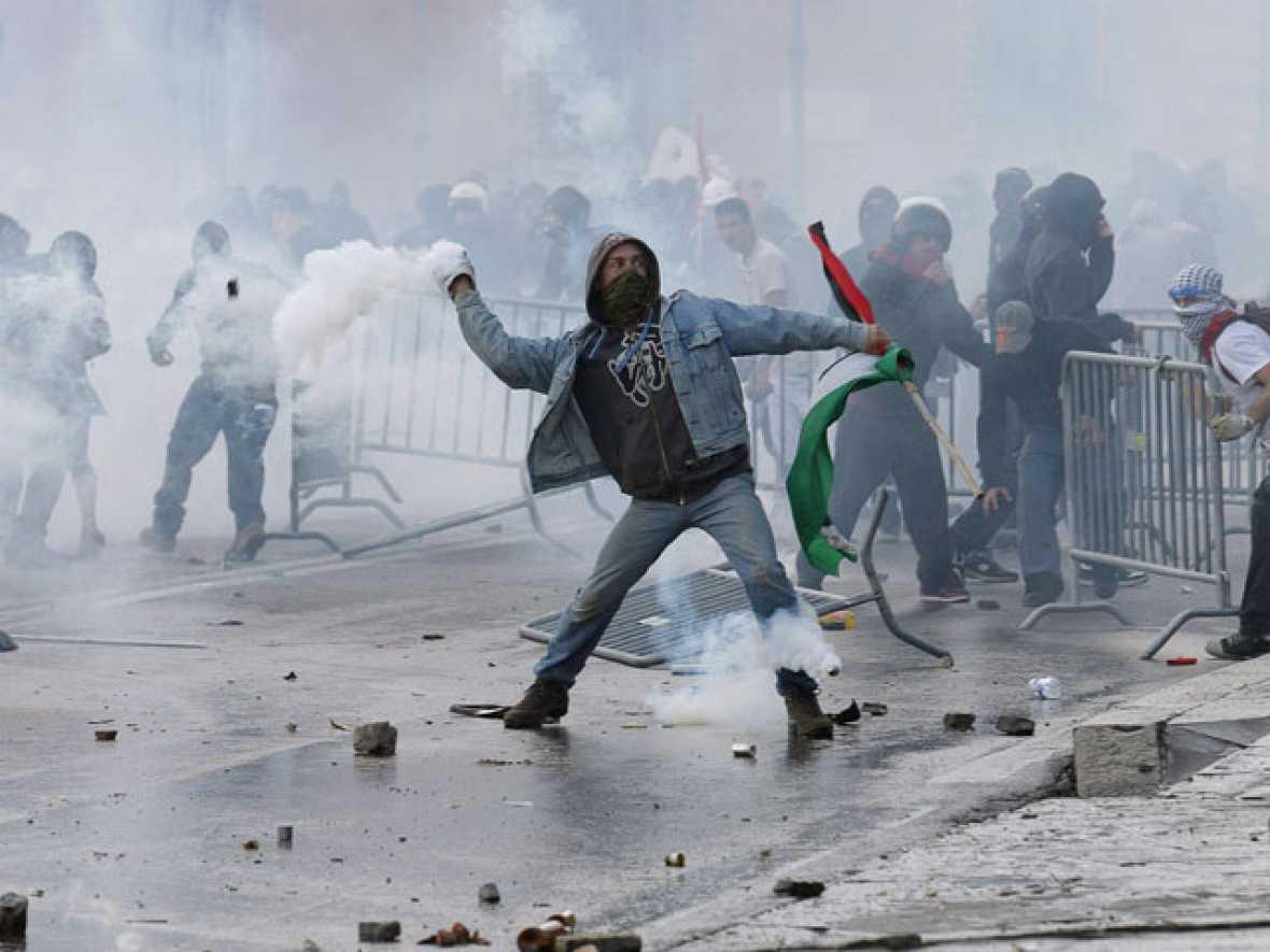 Redada masiva en Italia en busca de los violentos del 15-O