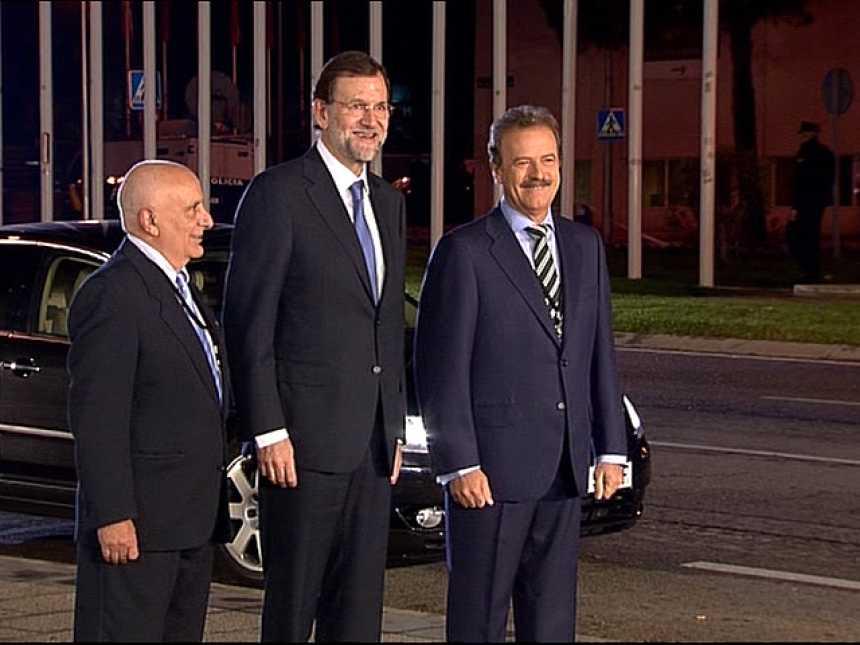 """Rajoy al llegar al debate con Rubalcaba: """"Estoy bien"""""""