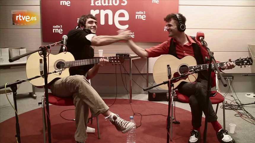 Maga y Olmo Algarra - El ruido que me sigue siempre