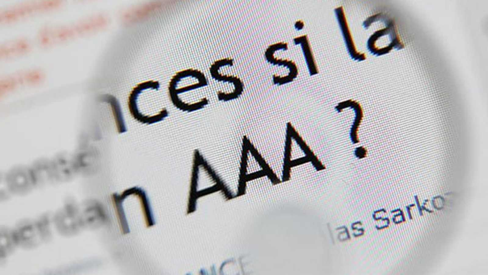 S&P quita la triple A a Francia