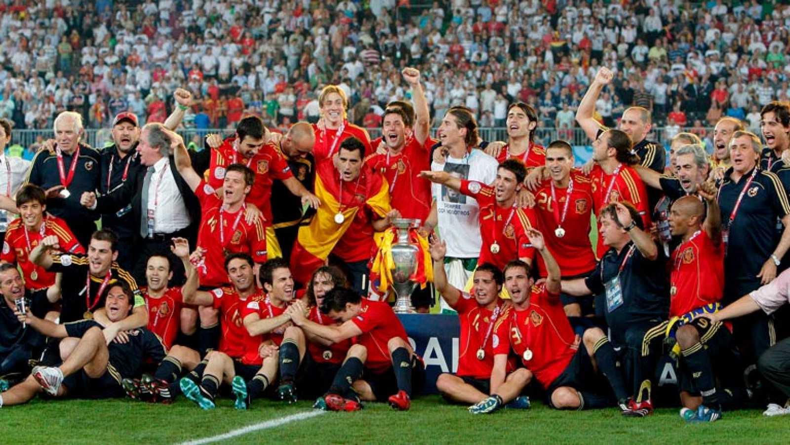 diseño exquisito buena reputación renombre mundial Eurocopa 2008: España campeona (Informe Semanal: locura futbolística)